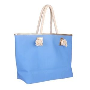 Lilly Pulitzer Shoreline Tote in Tidal Blue